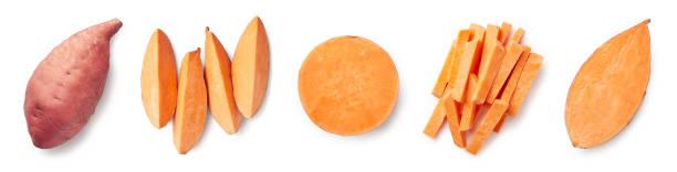 zestaw świeżych całych i pokrojonych słodkich ziemniaków - słodki ziemniak zdjęcia i obrazy z banku zdjęć