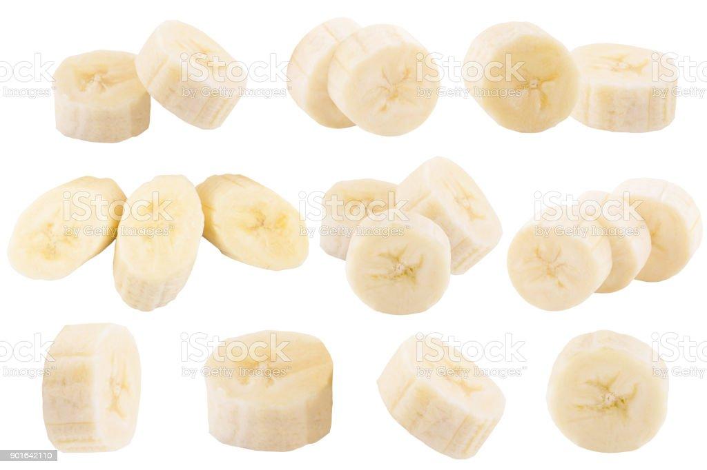 Uppsättning av färska skivor bananer isolerad på vit bildbanksfoto
