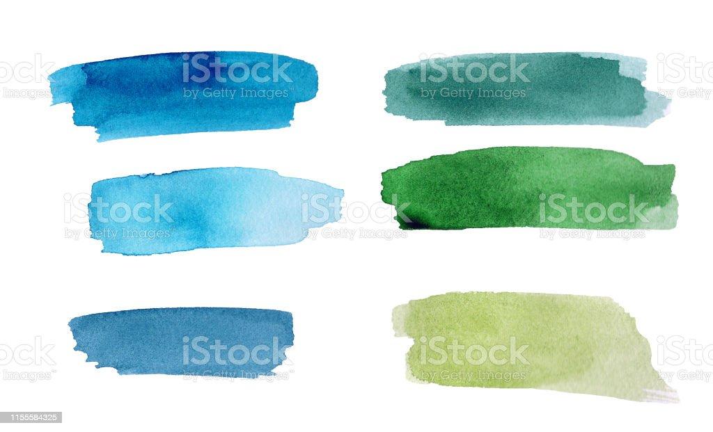 Ensemble de tache aquarelle colorée verte et bleue sur fond blanc. La couleur éclaboussant dans le papier. C'est une image dessinée à la main - Photo de Abstrait libre de droits