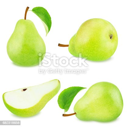 istock Set of green pear fruits 682318658