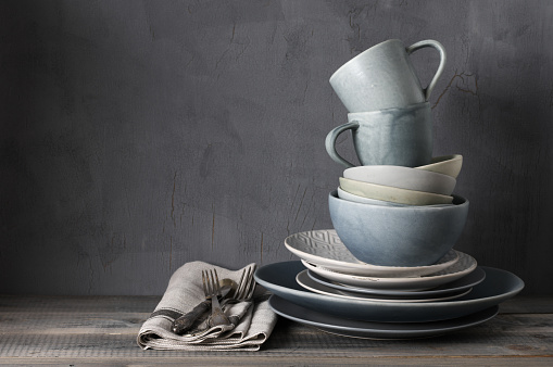 Set of grey crockery