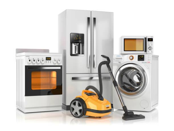 家電のセットです。冷蔵庫、洗濯機、電子レンジ、ストーブ、掃除機 ストックフォト