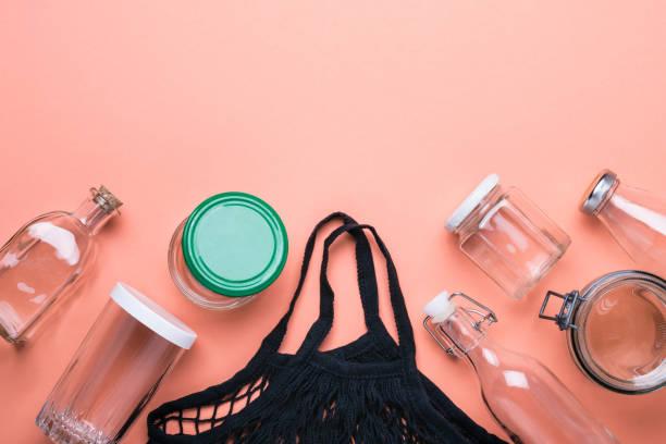 set of jars and cotton mesh bag for zero waste shopping - riutilizzabile foto e immagini stock