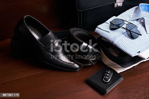 625840656 istock photo Set of men's business clothing 887361170