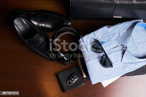 625840656 istock photo Set of men's business clothing 887361510