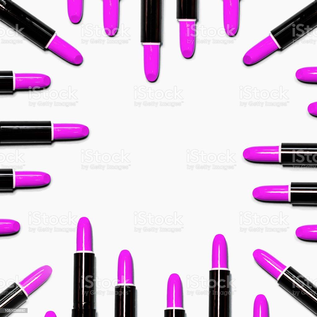 a30042a41 Conjunto de batons rosa isolado sobre fundo de cor branca. foto royalty-free