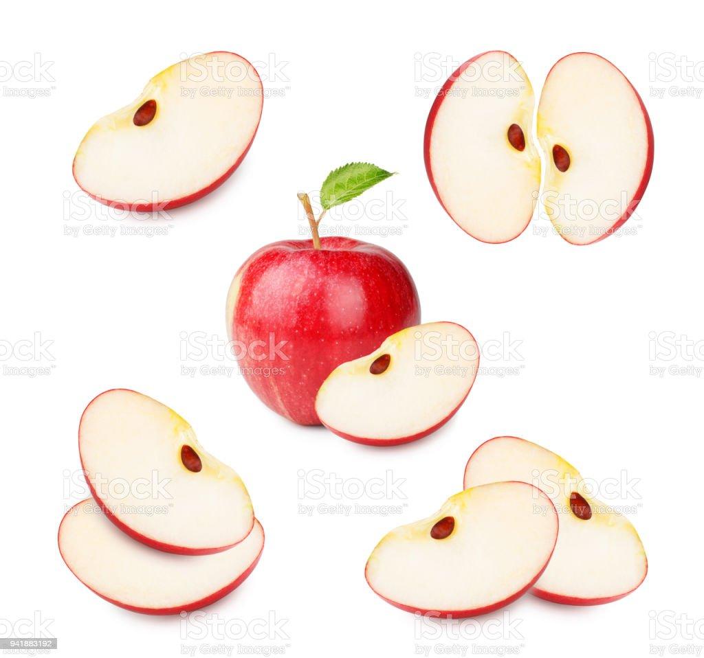 葉と白い背景で隔離のスライスと熟した赤いリンゴのセット ストックフォト