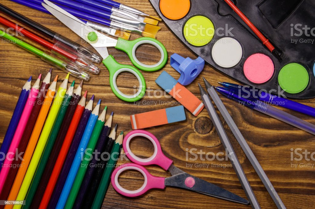 Set of school stationery supplies on wooden desk - Foto stock royalty-free di Accessorio personale