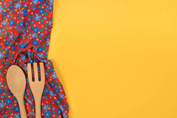 Set of wooden kitchen utensils floral pattern cloth napkin on empty picture id890260842?b=1&k=6&m=890260842&s=612x612&w=0&h=ex26x4zo4bbv1tewzevwe14qcr7zgqowmgai vzpu m=