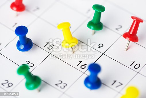487354658 istock photo Setting an important date on a calendar 637354274