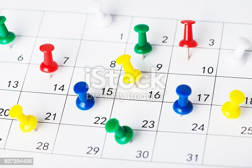 istock Setting an important date on a calendar 637394456