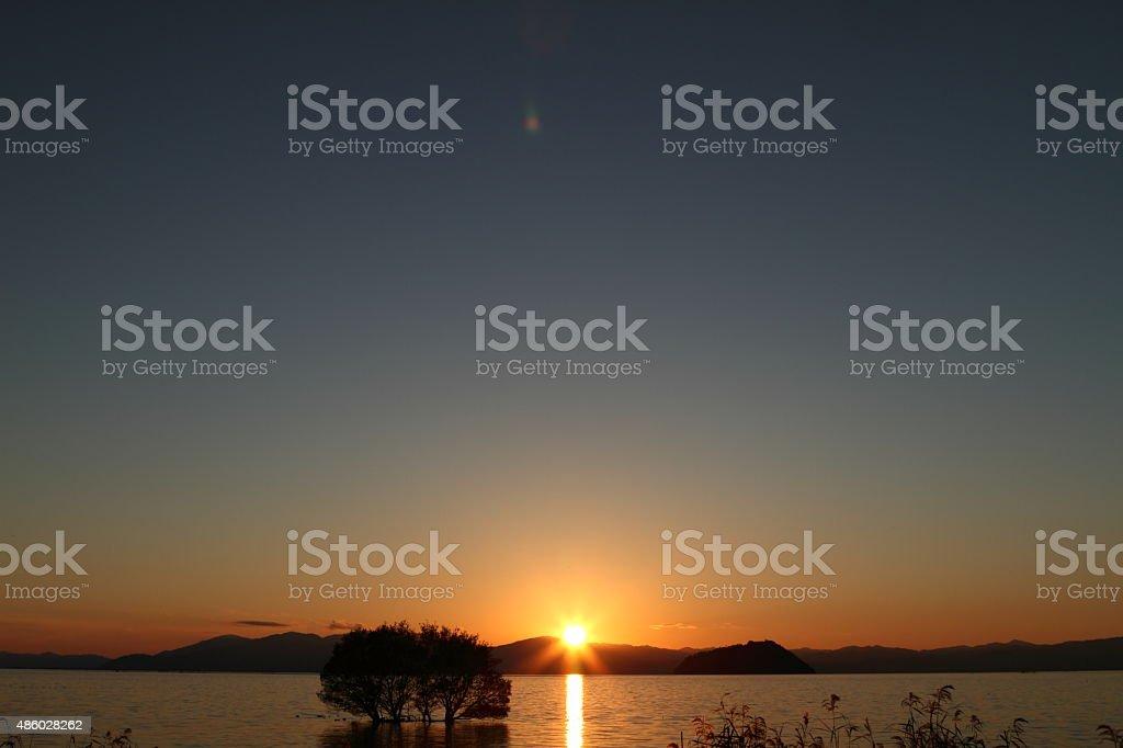 設定太陽の湖 Biwa ロイヤリティフリーストックフォト