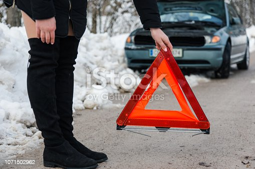 Setting up a warning triangle