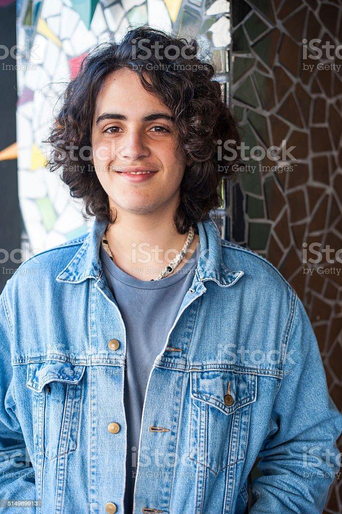Dix-sept ans de jeune homme hispanique - Photo