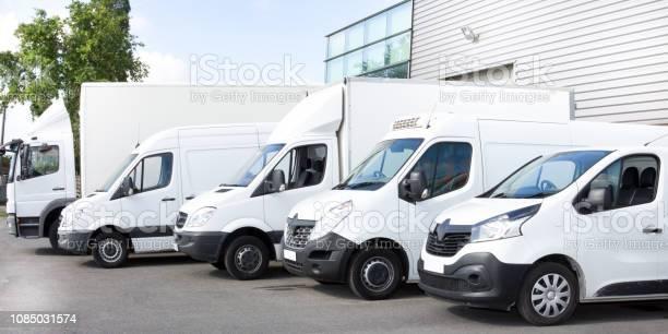 Several cars vans trucks parked in parking lot for rent or delivery picture id1085031574?b=1&k=6&m=1085031574&s=612x612&h=lelgpxnukqkprinj5p9u26 lrzwkjtnx8jjg v3d4is=