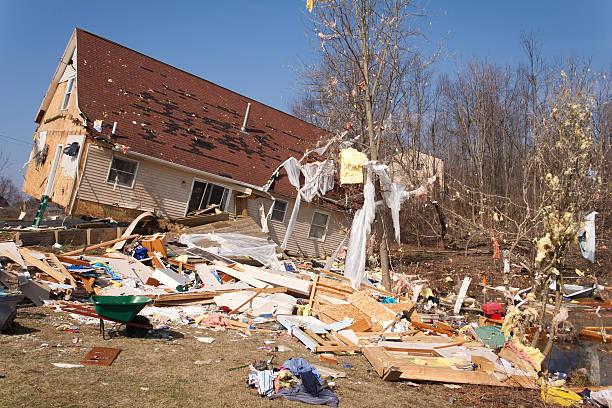 a severely damaged house from an f2 tornado in lapeer mi - tornado stockfoto's en -beelden