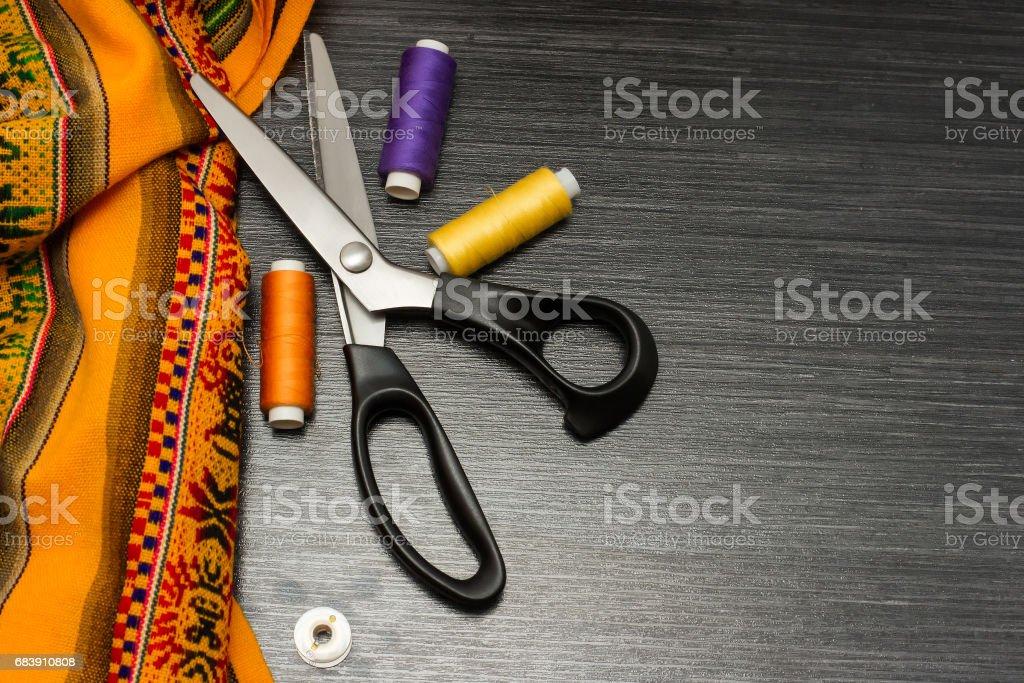 Nähen Hintergrund Gelbe Muster Tuch Schere Kissen Mit Nadeln Und ...