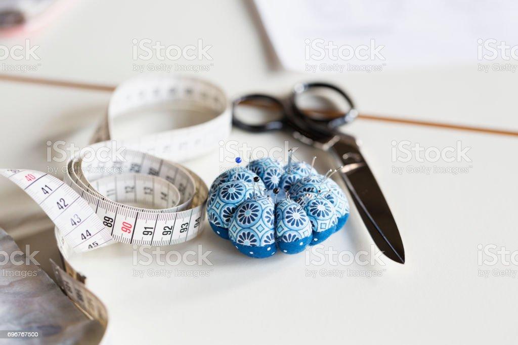 ferramentas de trabalho de costura para medir - foto de acervo