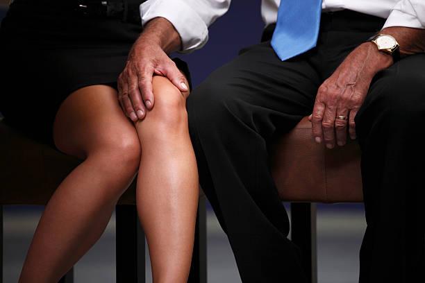 El acoso Sexual en el trabajo - foto de stock