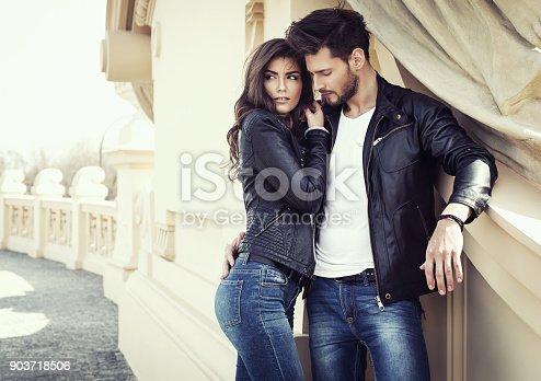 istock Sexy couple 903718506
