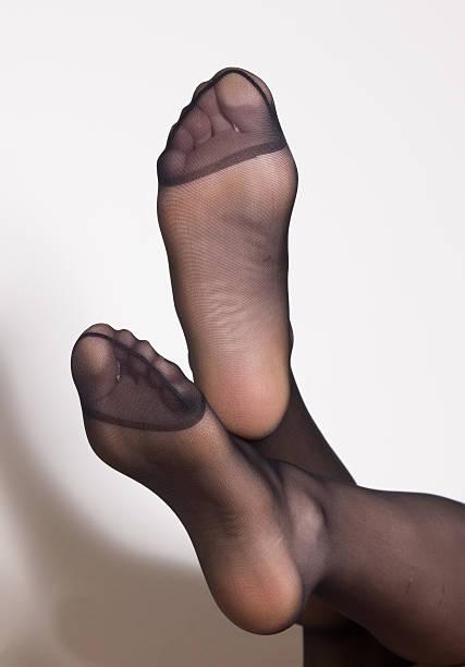 sexy füße - nylon stock-fotos und bilder