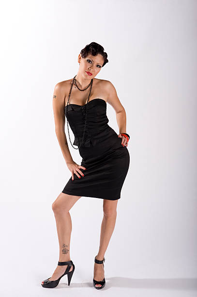 sexy Mädchen in schwarzen Kleid – Foto