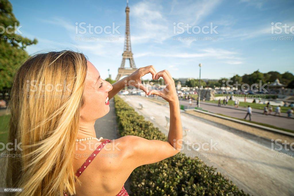 Sexy girls in paris