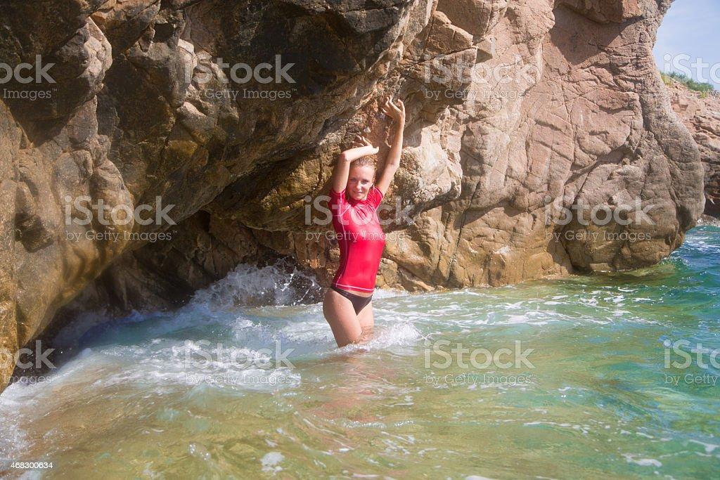 Sexy Mädchen In Sportbekleidung Und Tanga Mit String In