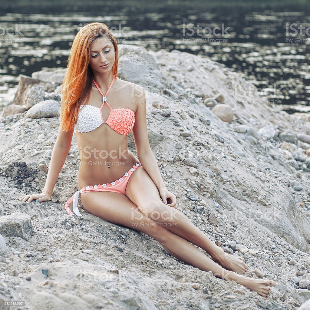 Сексуальное фото девушки с красными волосами — 4