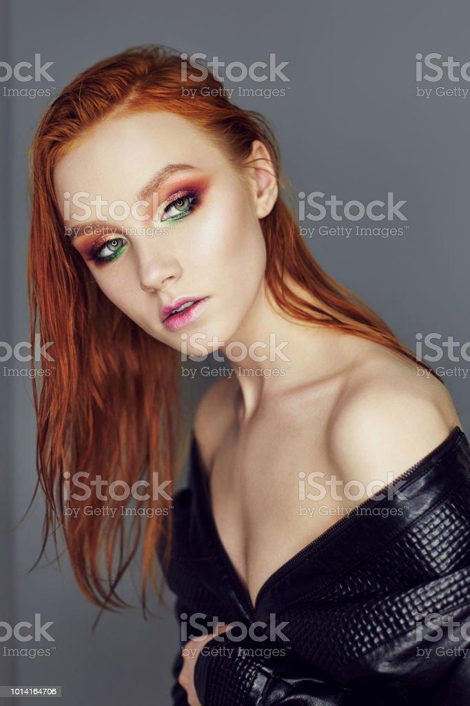 Perfekte Nacktgirls Fotos