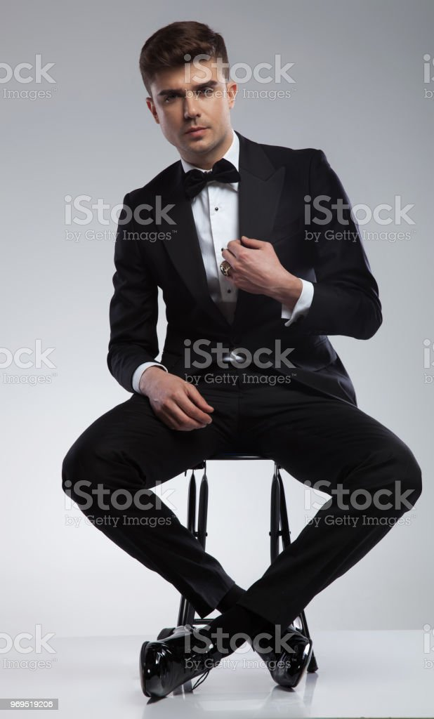 bbaaaaab014cc Homme d'affaires, Roumanie, A la mode, Adulte, Affaires. sexy homme élégant  costume ...