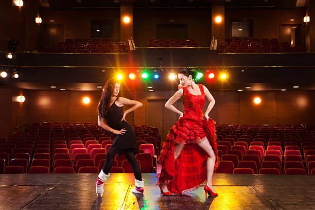 sexy ort - stage musical stock-fotos und bilder