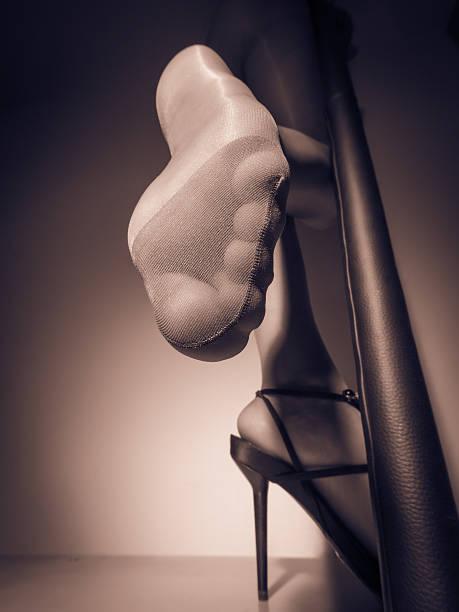 sexy spitze - nylon stock-fotos und bilder