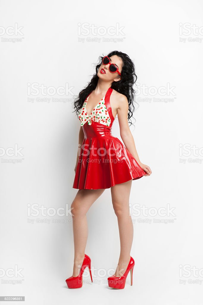 Dress Sexy Woman With Stock Photo Red And In Sunglasses Latex Heels D2EIWH9