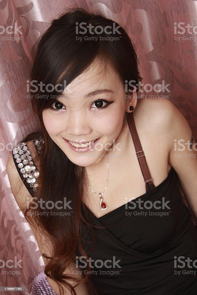 Sexy mujer en diferentes poses de diversión con colores de fondo. foto de stock libre de derechos