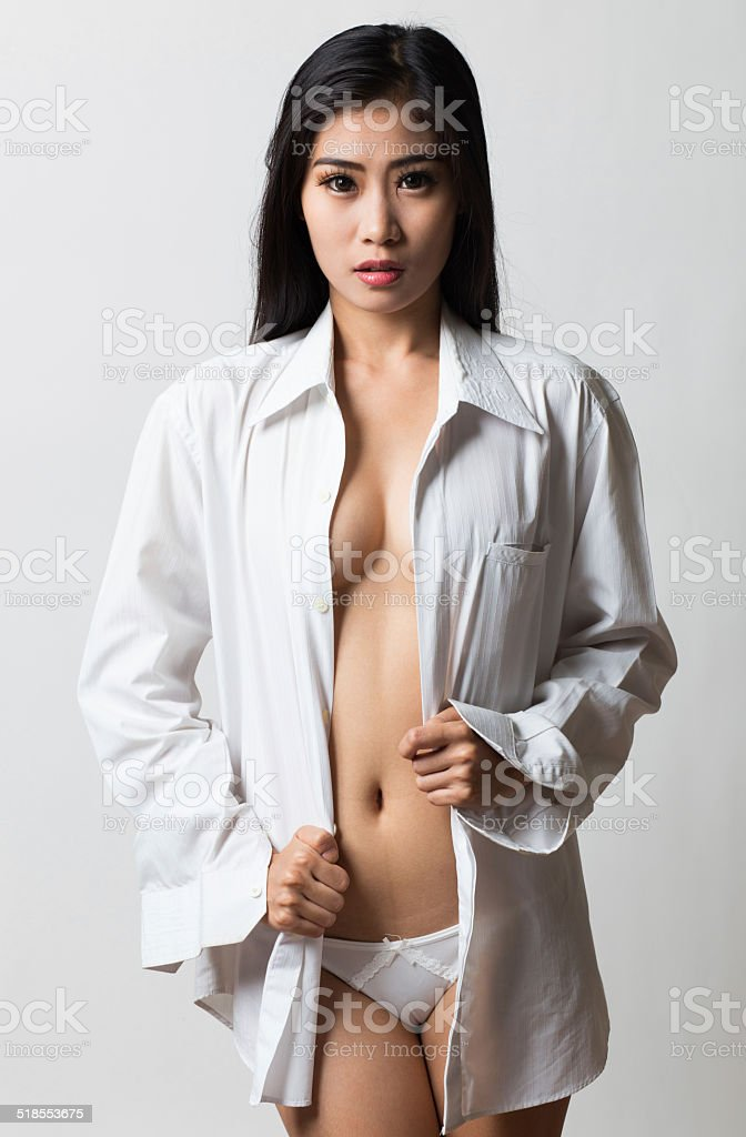 Frau stockl nackt