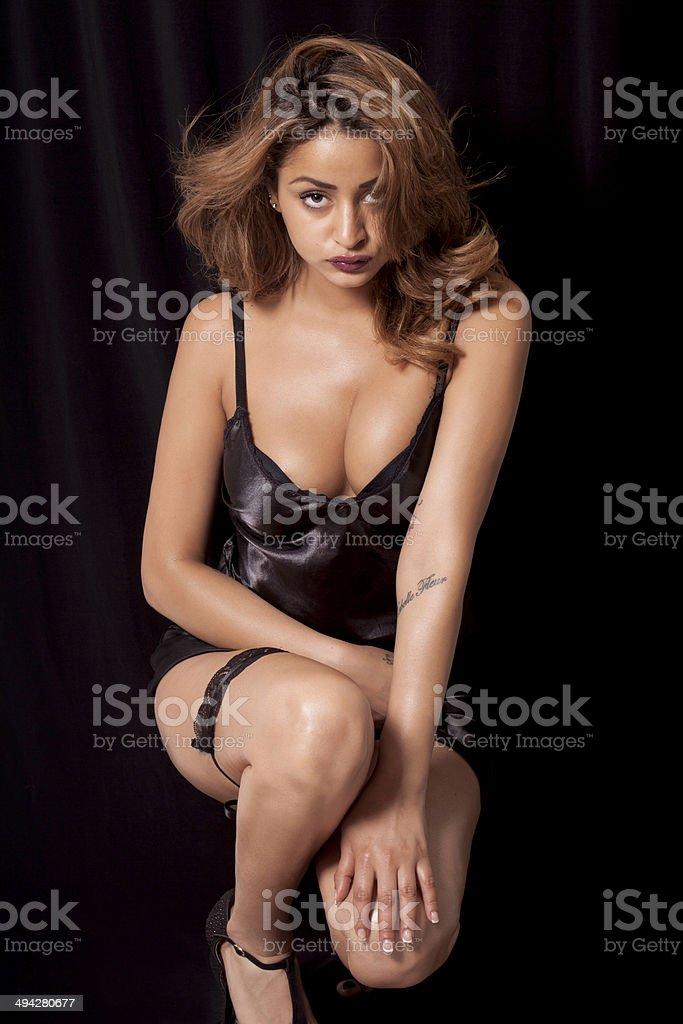 Женщины с большой грудью в комбинациях