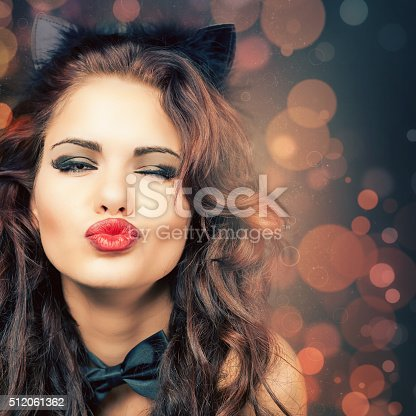 istock Sexy woman with carnival mask at Venetian party 512061362