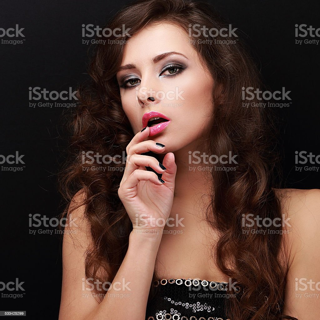 Описание рта девушки