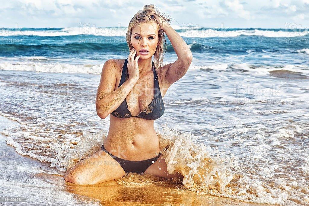 russkaya-seks-molodaya-blondinka-porno-video-onlayn-kriki