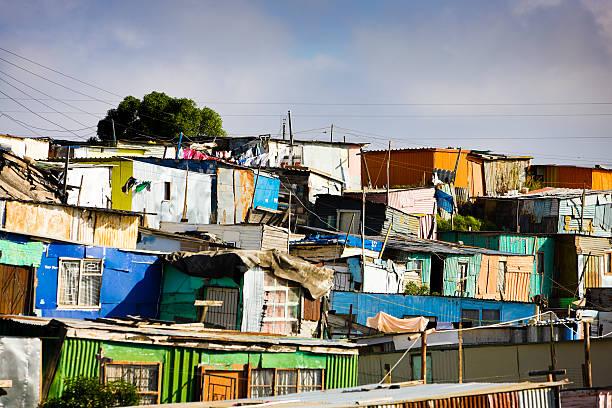 hütten, südafrika - eisenmangel was tun stock-fotos und bilder