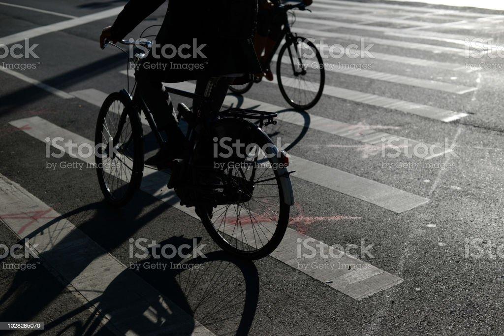 Ombres du passage des cyclistes - Photo