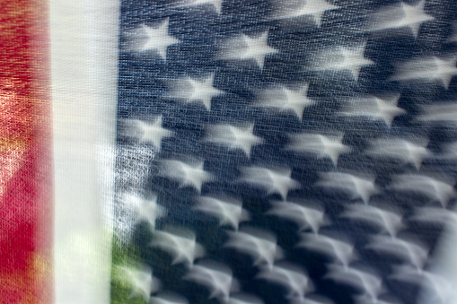 Skakar Amerikanska Flaggan-foton och fler bilder på Amerikanska flaggan