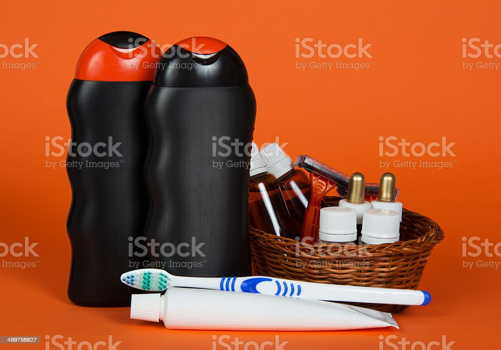 magasin d'usine 70747 883a1 Shampoo Gel Cosmetics In Basket And Toothbrush Stock Photo ...