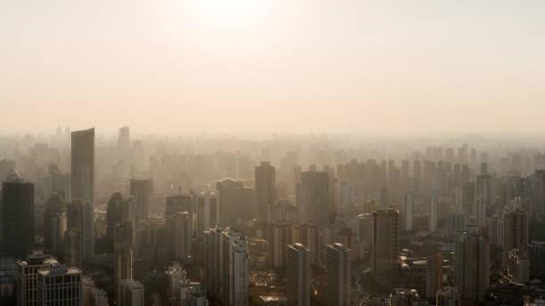 Skyline von Shanghai im Sonnenuntergang – Foto