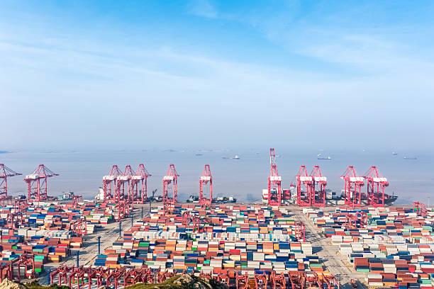 shanghai container-terminal – Foto