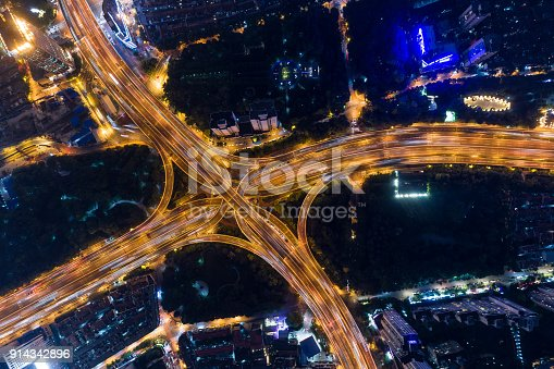 599471112istockphoto Shanghai Highway 914342896