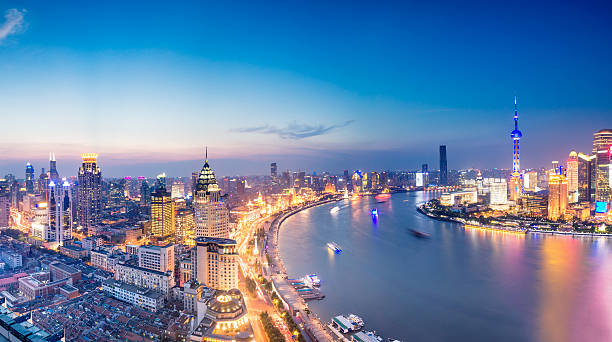 Shanghai skyline at night Shanghai skyline at night, China the bund stock pictures, royalty-free photos & images