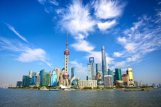 la ville de shanghai - shanghaï photos et images de collection