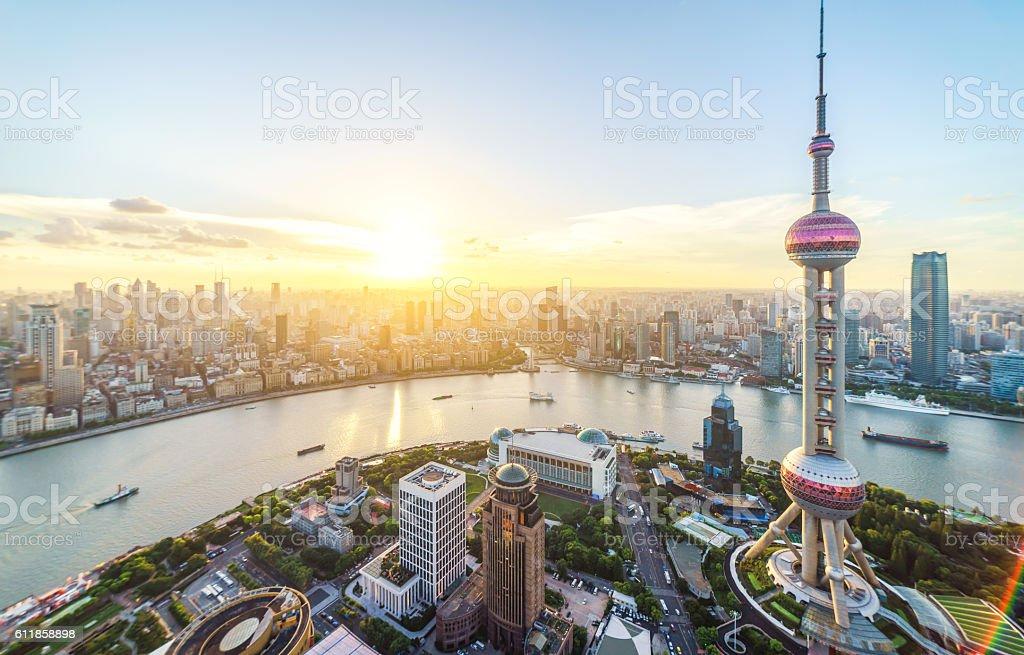 Ville de Shanghai au coucher du soleil photo libre de droits